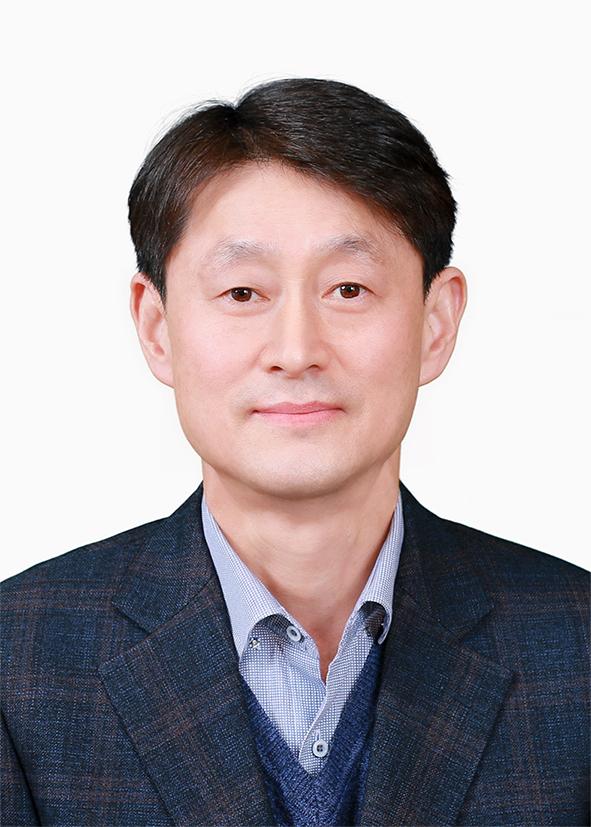 친절직원 채정수 사진